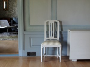 Saari manor interior chair