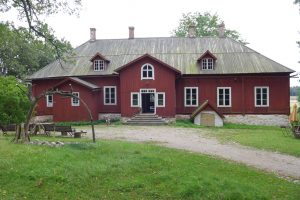 Caroline Dear - Vassen Susar Exhibition Finland - Kuusisto Manor