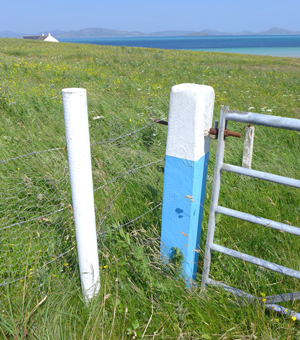 barra gatepost